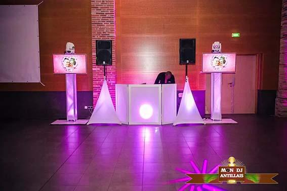 MON DJ ANTILLAIS AVEC LOGO FORMAT 3 4 (1)
